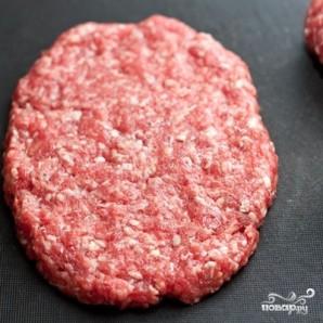 Домашний гамбургер с ржаным хлебом - фото шаг 5