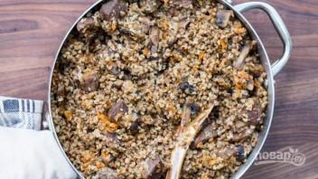 Гречка с грибами и мясом - фото шаг 8