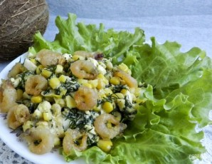 Салат с креветками и яйцами - фото шаг 7