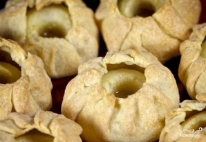 Яблоки, запеченные в тесте - фото шаг 14
