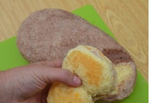 Торт на день рождения девочке 6 лет - фото шаг 3