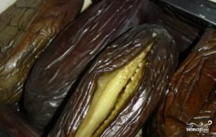 Квашеные баклажаны с морковкой и чесноком  - фото шаг 4