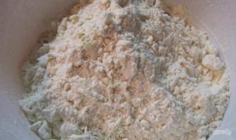 Рецепт кудрявого пирога с вареньем - фото шаг 3