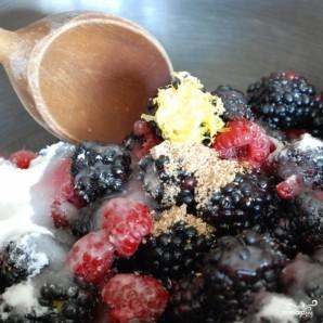 Песочное печенье с ежевикой и взбитыми сливками - фото шаг 9