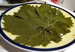 Долма из маринованных виноградных листьев - фото шаг 1