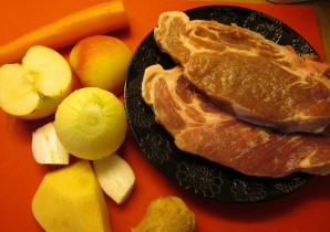 Свинина со сливками - фото шаг 1
