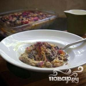 Овсяная запеканка с ягодами и орехами - фото шаг 6