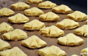 """Печенье """"Гусиные лапки"""" из творога - фото шаг 3"""