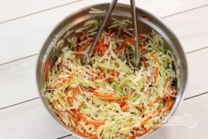 Салат из свежей капусты с огурцом - фото шаг 5