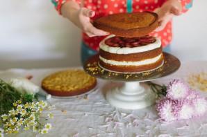 Бисквитный торт с фруктовой начинкой - фото шаг 7