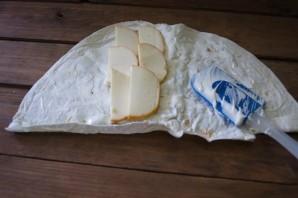 Лаваш с копченым сыром - фото шаг 3