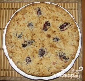 Сливовый пирог с ореховым штрейзелем - фото шаг 5