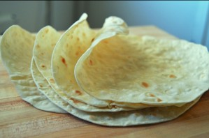 Армянский лаваш на сковороде - фото шаг 4