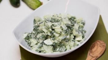 Салат из огурцов и зелени - фото шаг 6