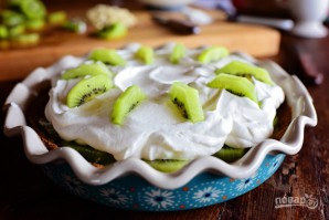 Пирог с киви и взбитыми сливками - фото шаг 11