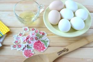 Пасхальные яйца с цветами - фото шаг 2