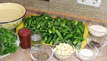 Консервация огурцов с кетчупом чили - фото шаг 1