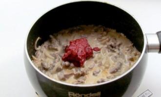 Бефстроганов в томатном соусе - фото шаг 4