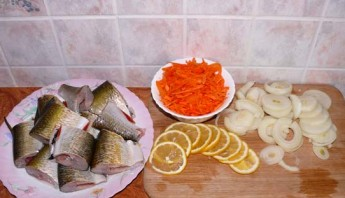 Рыба, запеченная в духовке кусочками - фото шаг 1