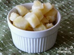 Салат с жареным картофелем - фото шаг 3