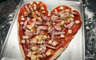 Пицца на день святого Валентина - фото шаг 5