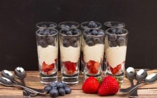Десерт с маскарпоне и ягодами - фото шаг 5