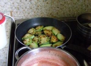 Жареные кабачки с чесноком на зиму - фото шаг 4