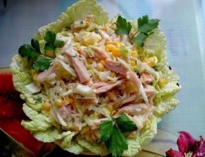 Салат с копченой курицей и кукурузой - фото шаг 5