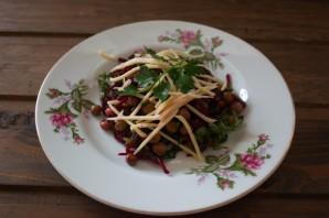Диетический салат со свеклой - фото шаг 6