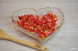 """Салат """"Петушок"""" с курицей и помидорами - фото шаг 3"""