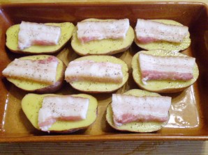 """Картошка с салом в духовке """"Кораблики"""" - фото шаг 5"""