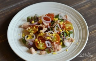 Вкусный салат с тунцом - фото шаг 3