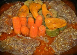 Телятина в духовке с овощами - фото шаг 5
