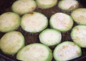 Кабачки тушеные с картофелем - фото шаг 2