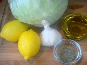 Простой салат из капусты - фото шаг 1