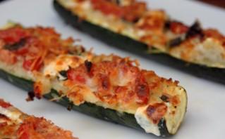 Кабачки, запеченные в духовке с сыром - фото шаг 3