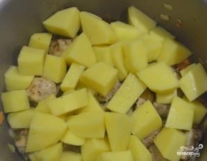 Картошка со свининой в мультиварке Редмонд - фото шаг 4