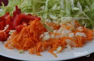 Щи со свежей капустой - фото шаг 2