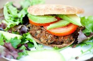 Вегетарианские бургеры с фасолью - фото шаг 7