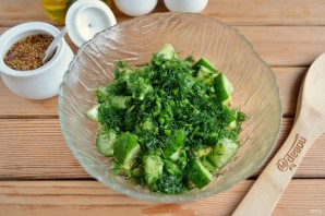 Весенний салат с авокадо и огурцом - фото шаг 4