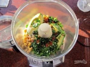 Хумус из авокадо и кинзы - фото шаг 2