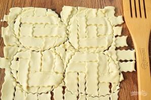 Куриные мини-пироги в горшочках - фото шаг 9
