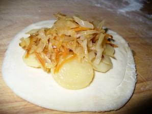 Печеные пирожки с картошкой - фото шаг 3