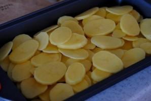 """Форель под чесночным соусом, запеченная на картофельной """"подушке"""" - фото шаг 5"""