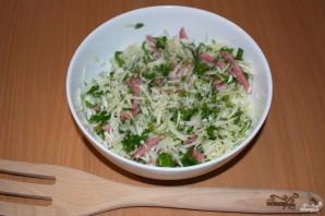 Салат с салями и сухариками - фото шаг 4