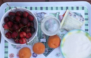 Варенье из черешни на зиму - фото шаг 1