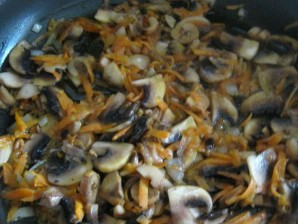 Суп с фрикадельками и грибами   - фото шаг 9