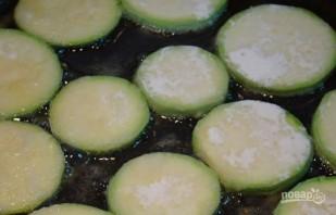Кабачки в томатном соусе - фото шаг 3