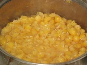 Гороховый суп в хлебе - фото шаг 2