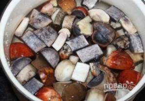 Суп с лесными грибами - фото шаг 3